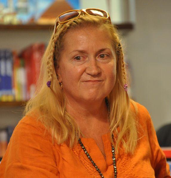 Anja Snellman Turun taiteiden yössä elokuussa 2010. CC